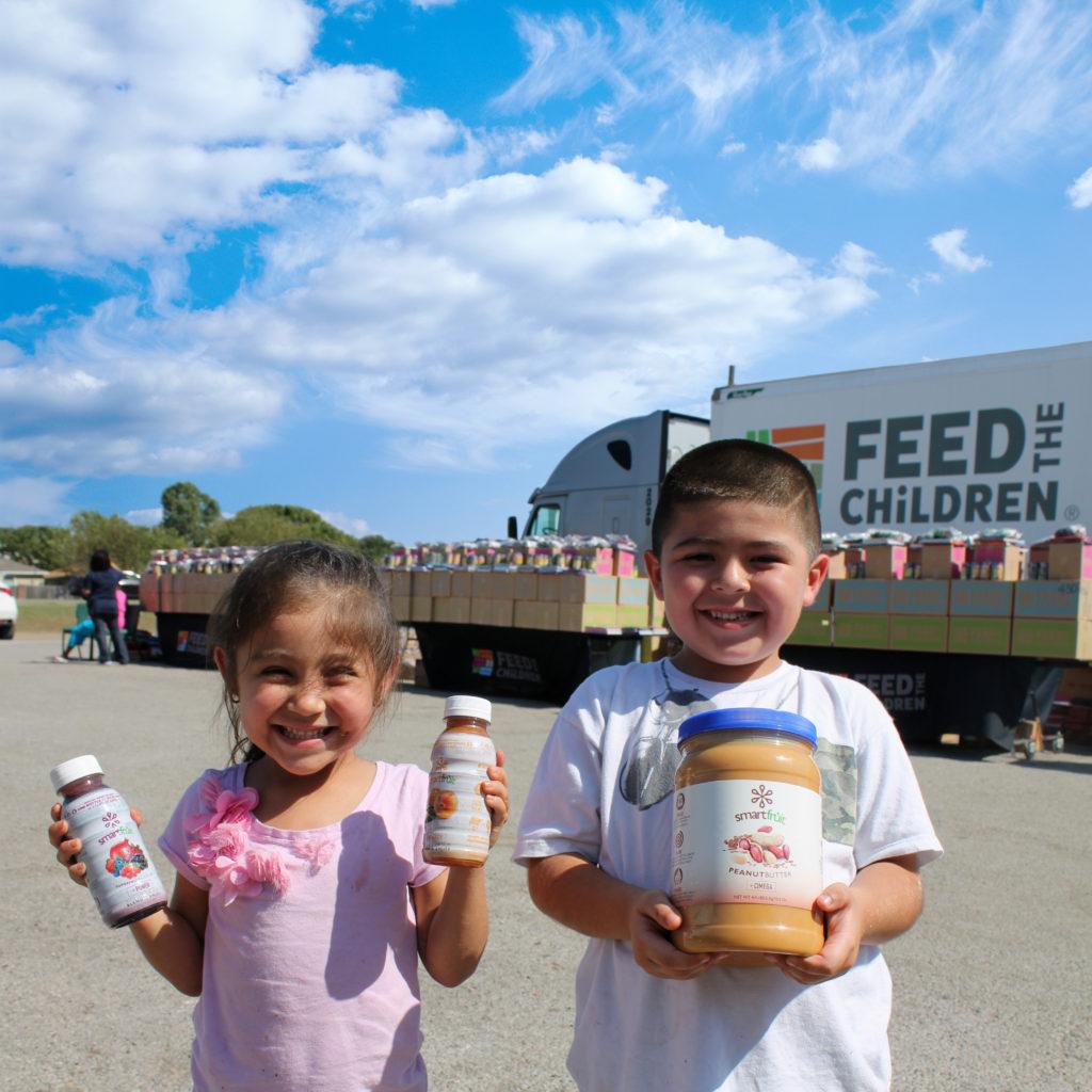 giving_back_fooddistribution
